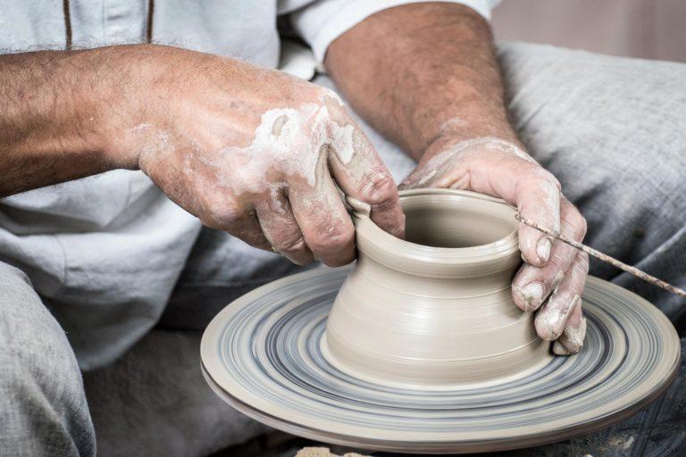 potteryhand_1920